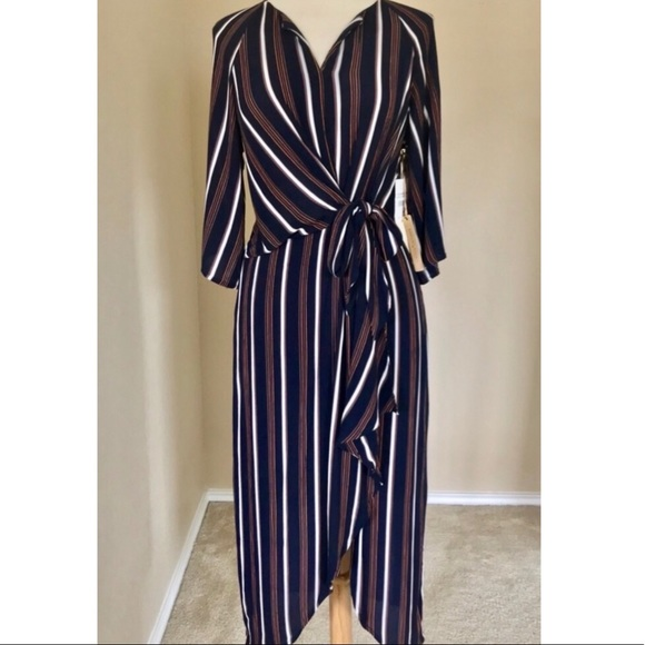 Gibson Latimer Dresses & Skirts - Gibson Latimer Navy Striped Dress NWT